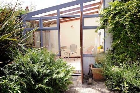 The Garden Room at Park House - Axbridge