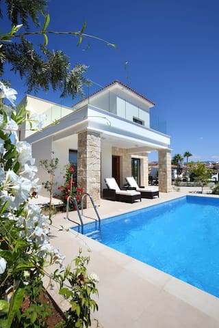 Golden villa 1/2. Beach villa with private pool.