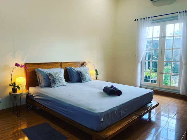 Flexible room for Twin or Double Bed