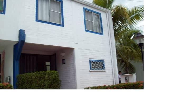 Acojedora casa en Ricarte-C/marca