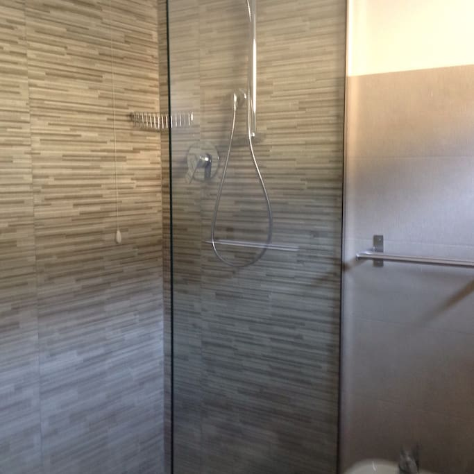 On suite Walk in showers in both bedrooms