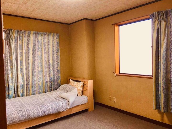 room 8    O I SO