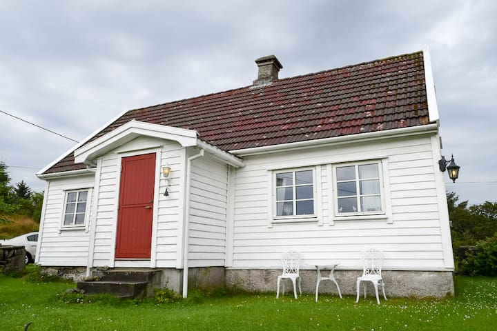 Charming Countryside House - Skudeneshavn