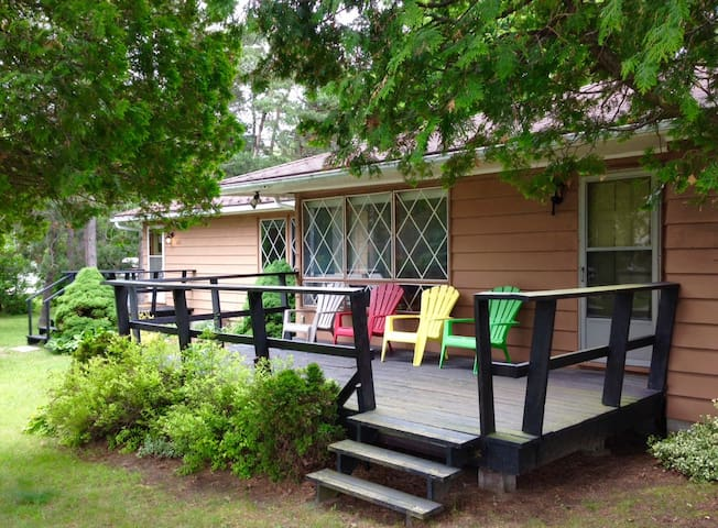 Lake Huron Cedars   Well maintained cottage - Kincardine - Cabane