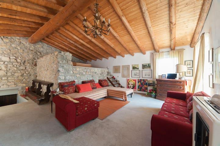Le tre isole - Casa Torre - Parzanica - Casa
