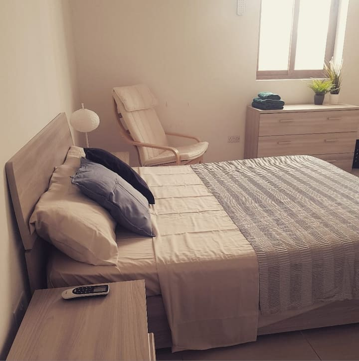 Il-Birgu minimal apartment