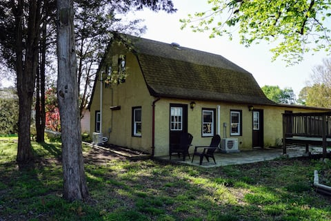 The Cottage on Sarah's Creek