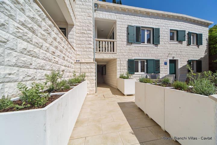 I Sassi Bianchi - East Villa