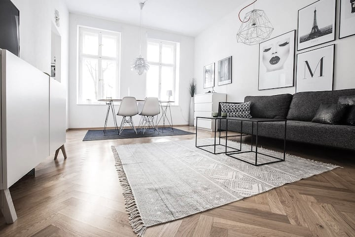 Exclusive design apartment in heart of Mitte