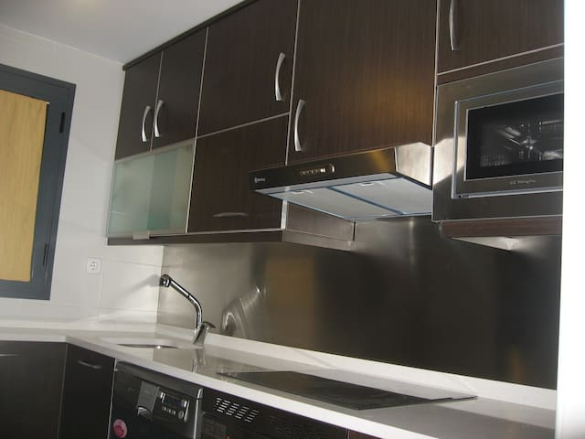 Double room+Wifi+Private Bathroom - Alcorcón - Appartement
