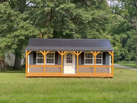 """""""Just Enuf"""" Cabin/Tiny House- NO CLEANING FEE"""