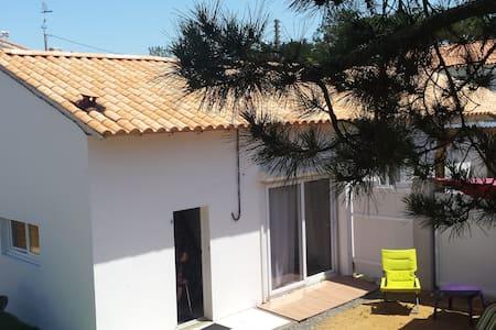 maison au bord de la mer et plage - Bretignolles-sur-Mer - Huis