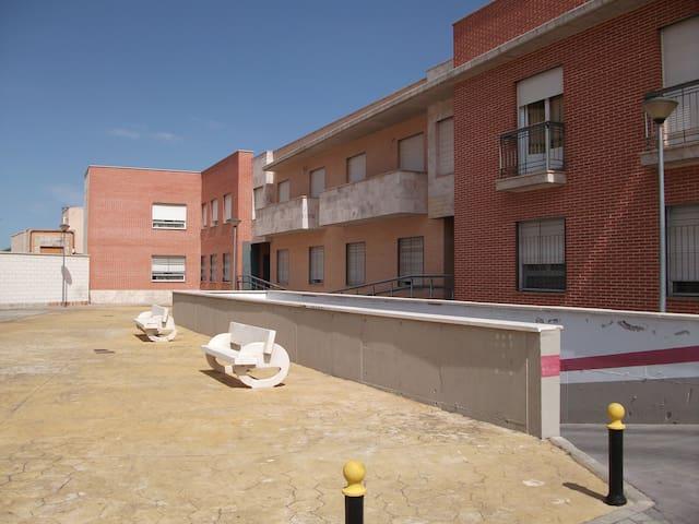 Piso nuevo en Miguelturra centro - Miguelturra - Apartamento
