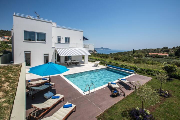 Luxury Villa Orasac Home Escape with private heated pool in Orasac - Dubrovnik