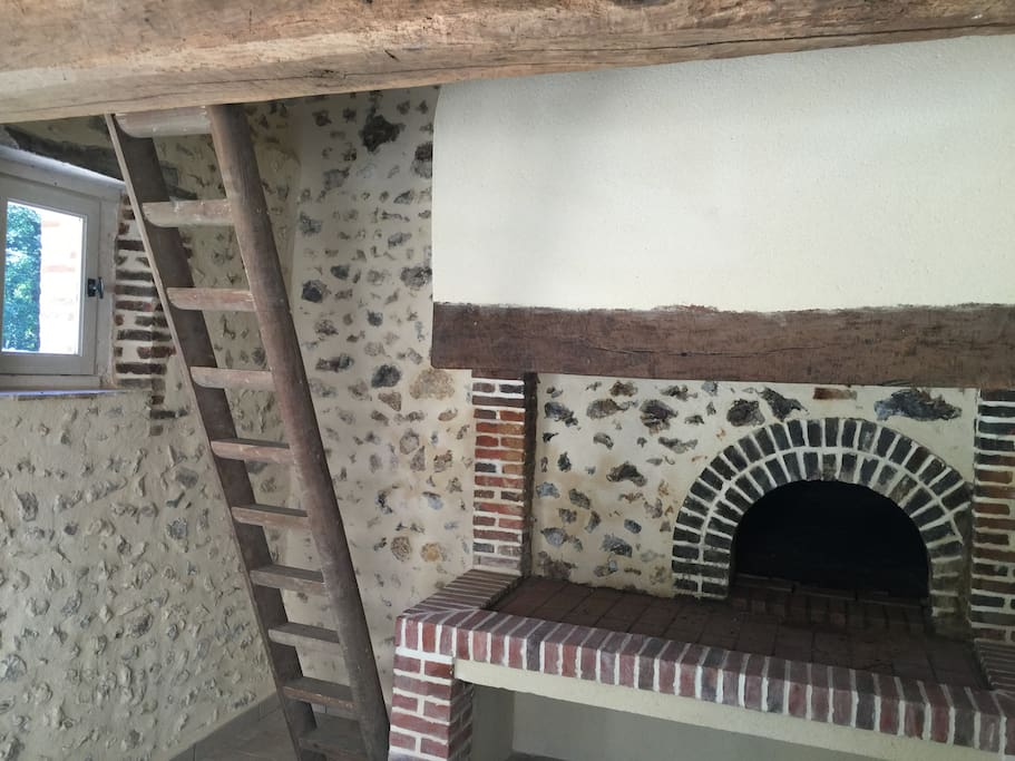 Brick oven fireplace