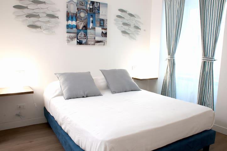 Grand Hostel Manin, 1BR guesthouse - La Spezia - Appartement
