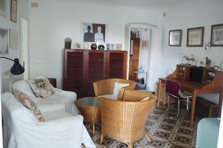 Casa con vista in borgo millenario - Ameglia