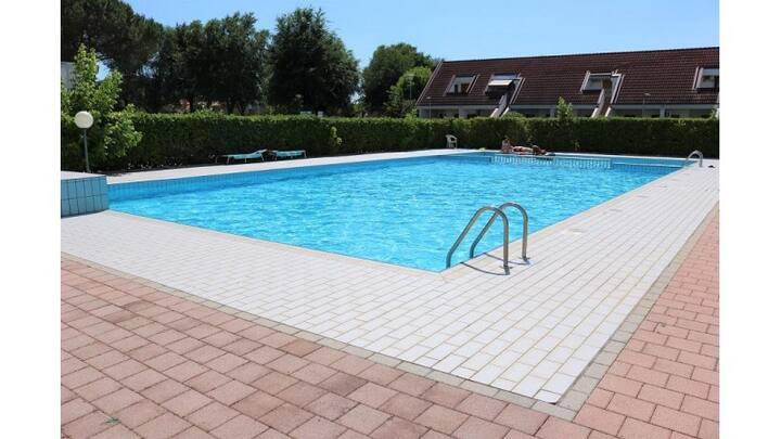 Splendido residence con piscina e parcheggio