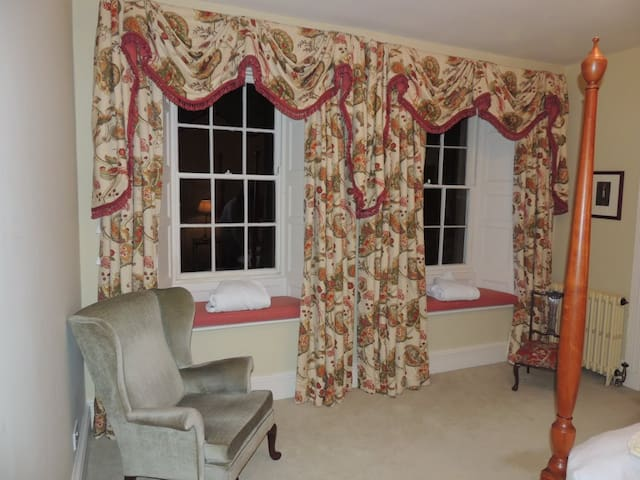 Window in the four poster room