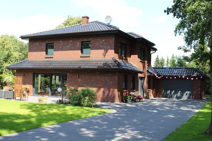 60m² Ferienwohnung in der Parklandschaft Ammerland