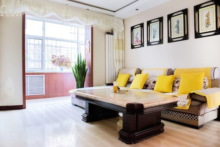 张掖大型社区出行便利毗邻大型超市宜居两居室公寓
