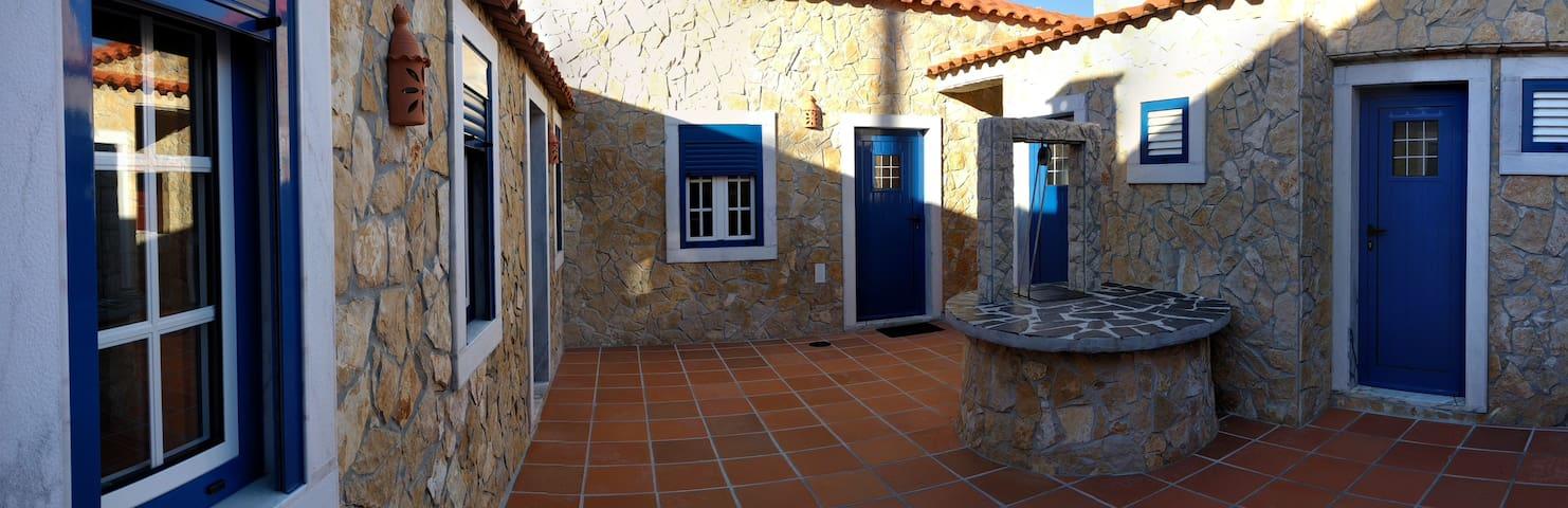 Peaceful beach house - São Pedro da Cadeira - บ้าน