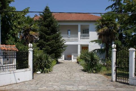 Belle Villa à côté d'Olympe