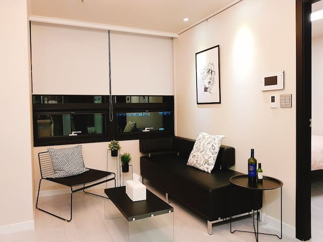 [Seoul Station] New &Modern Suites in the Center