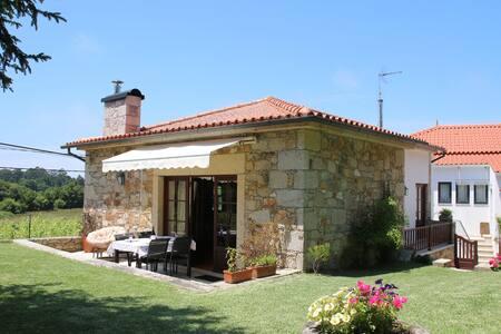 Country House close Moledo beach - Cristelo - Huis