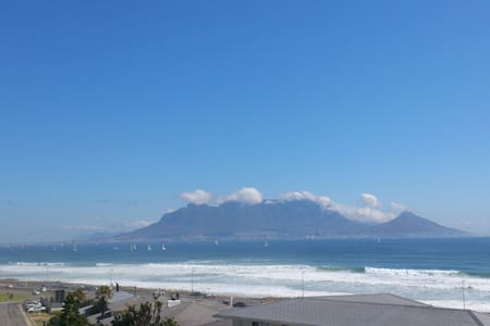 Modern Beachfront Apartment with Stunning Views - Кейптаун - Квартира