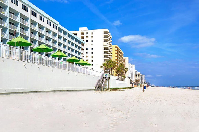 Daytona Sea Breeze Ocean Side