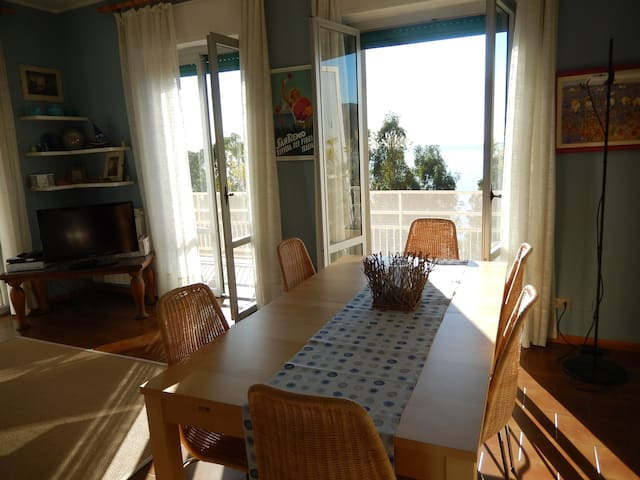 STUNNING SEA VIEW APARTMENT. OSPEDALETTI DOWNTOWN