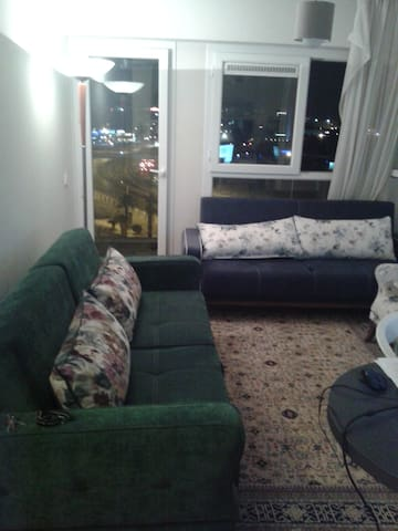 very central, modern flat nearby, seaside, pool - Menemen - Appartement