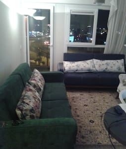 very central, modern flat nearby, seaside, pool - Menemen - Huoneisto