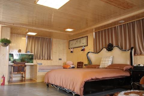 Sunshine Hostel(Small Apartment)