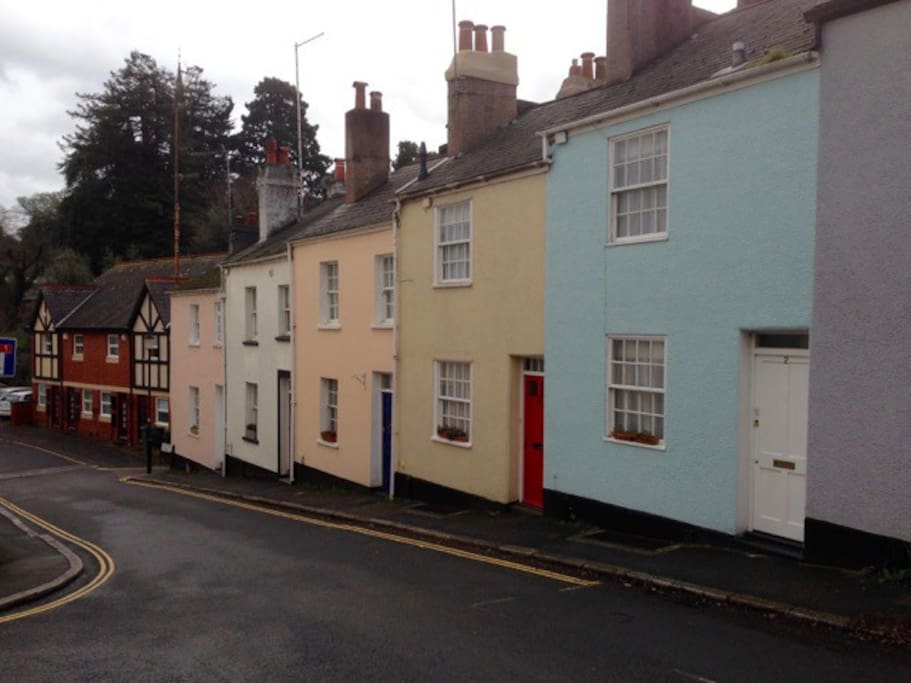 Grade 2 listed terrace best location in exeter houses for Terrace exeter