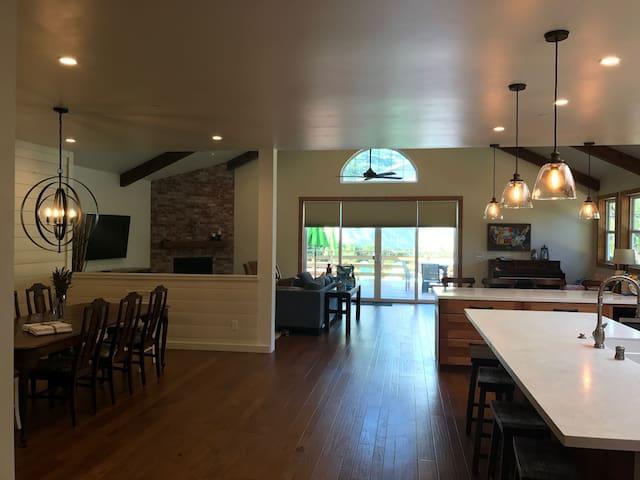 Private Home at foot of Santa Cruz Mountains
