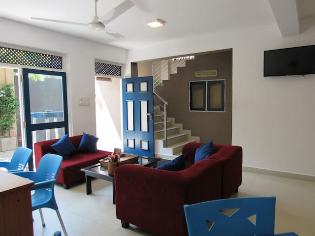 Cosy Ground Floor Room In a Villa in Colombo 5