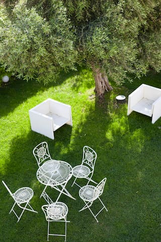 Single and Doble Room in a Villa. - Cagliari - Villa