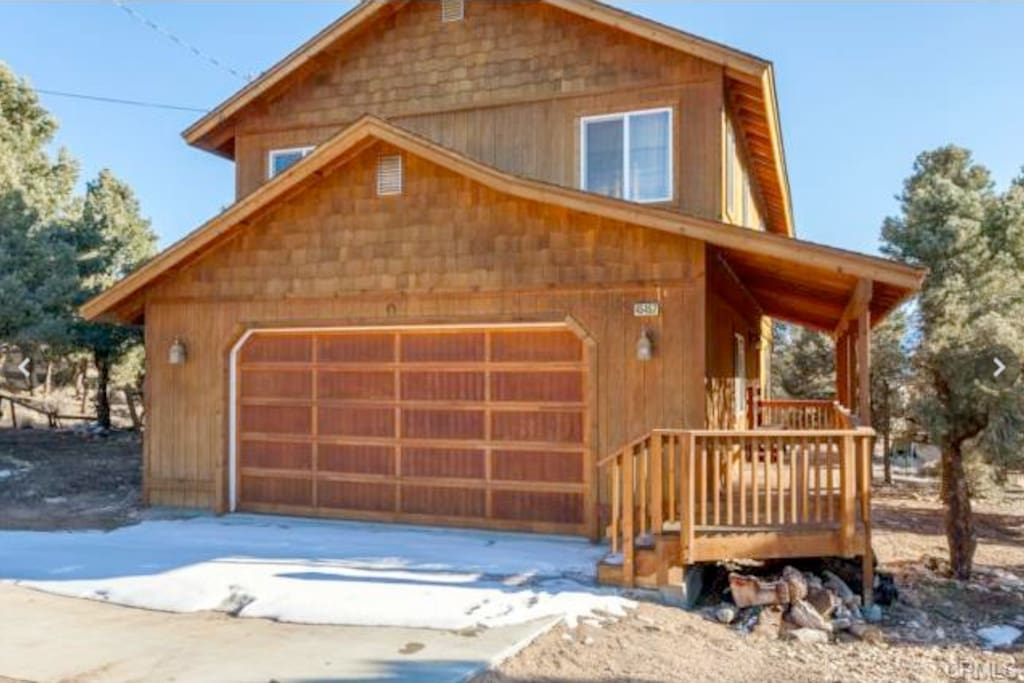 Mountain escape big bear cabin cabins for rent in big for Big bear cabins california