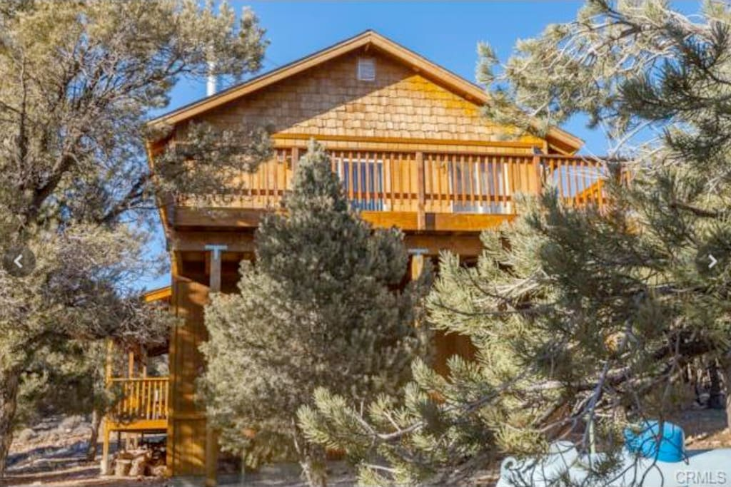 Mountain escape big bear cabin cabins for rent in big for Cabins for rent big bear ca