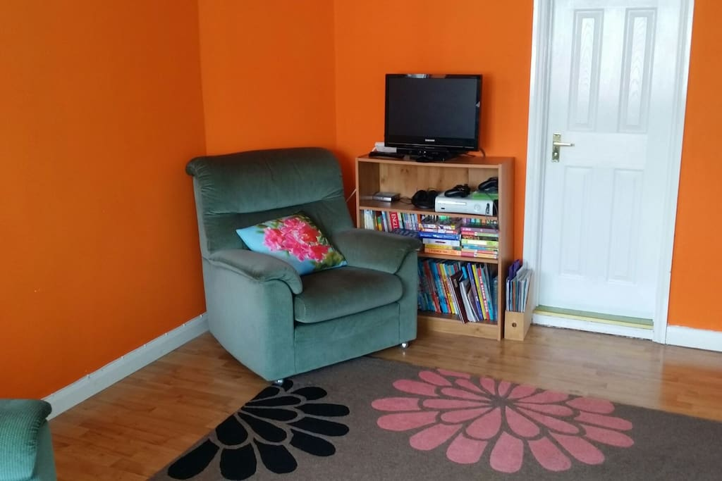 Reading room with Xbox console and family pc.