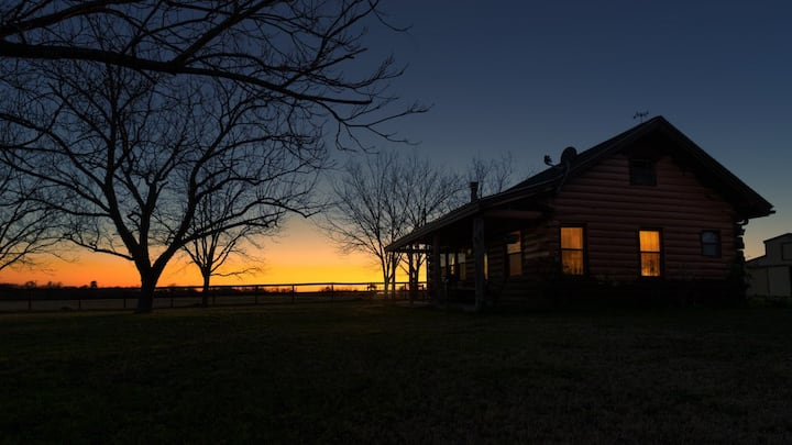 The Cabin at Fossil Tree Farm