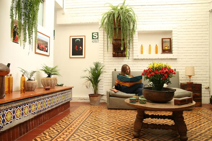 Bed & BreakFast Shared Room 4 Beds - Barranco District - Bed & Breakfast