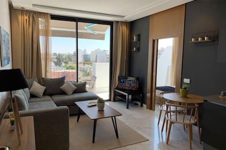 B Living Comtemporain appartement et terrasse 44