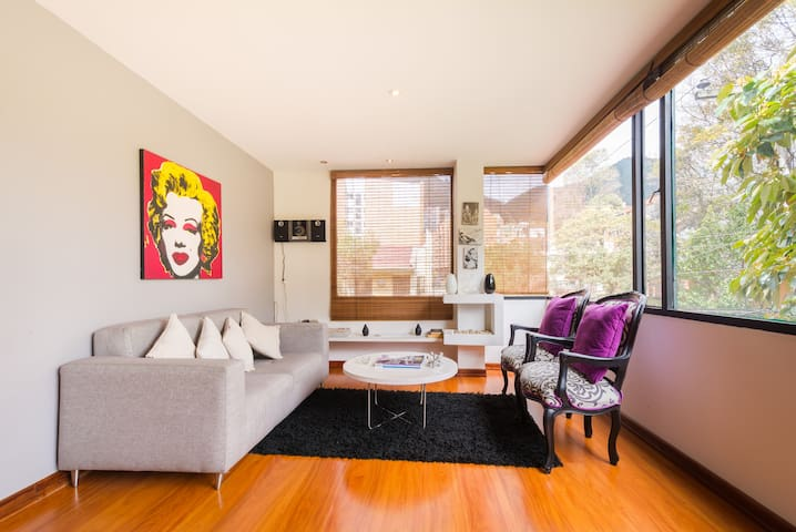 Trendy and Furnished Studio Apt - Bogotá - Apartemen