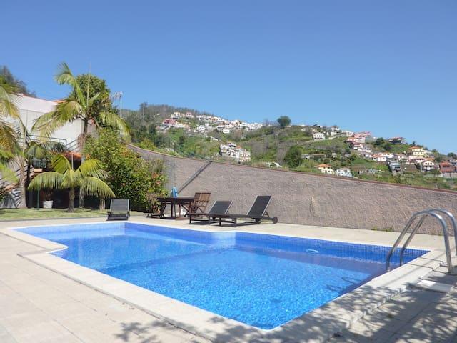 Villa Rivana - Funchal - House