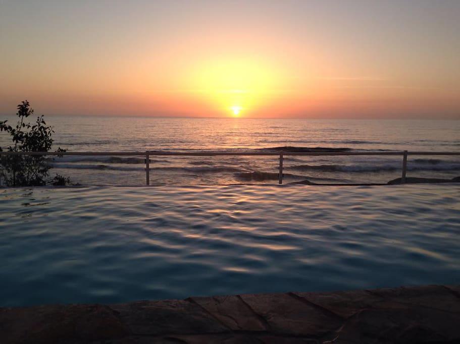 Pacific Sun Set