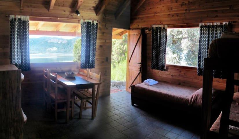 Camping y Cabañas Costa Traful - Villa Traful - Srub