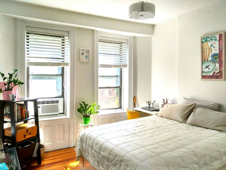 Spacious Sunny Bedroom Near Central Park UpperEast Apartments For Rent
